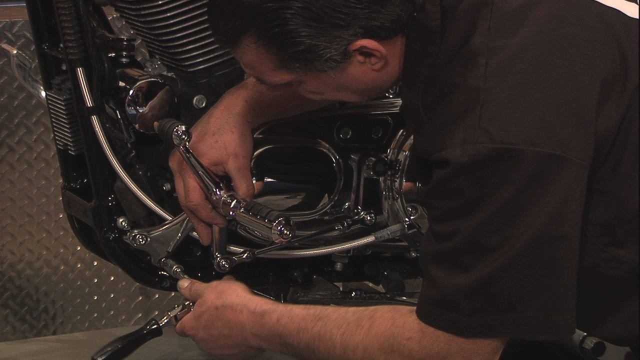 Harley Forward Controls, Shift Lever Removal & Upgrade