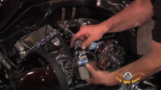 Cooling Hot Harleys with Love Jugs