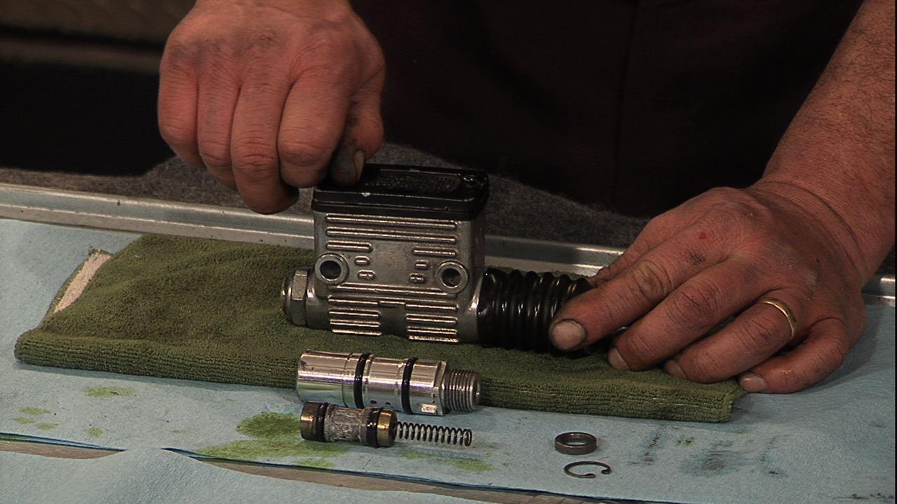 rear master cylinder brake rebuild kit Harley DYNA SPORTSTER FXR SOFTAIL TOURING
