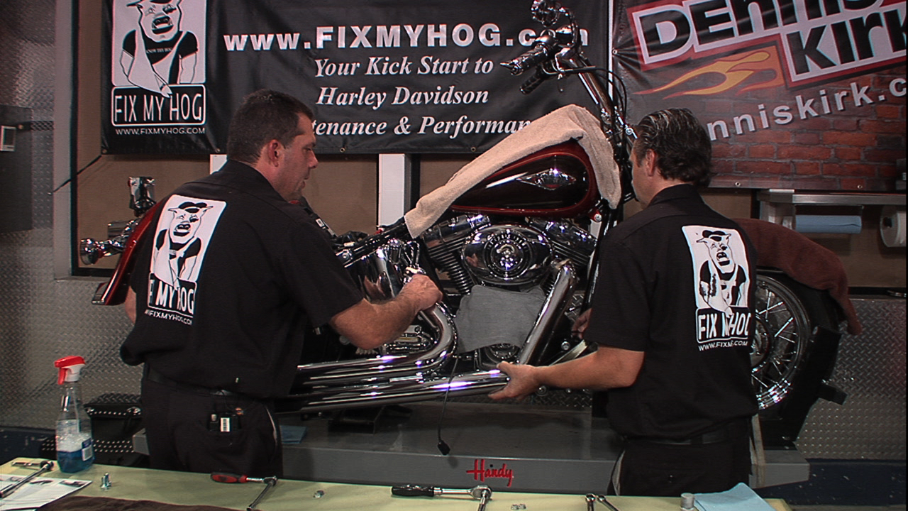 Vance and Hines Harley Exhaust Install: Big Shots Staggered