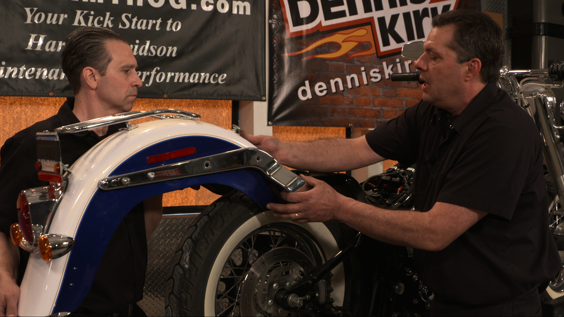 Harley Davidson Rear Fender Removal on