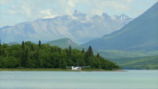 FMH 013243f_Y0D70U_c Lake Clark, Alaska PREMIUM