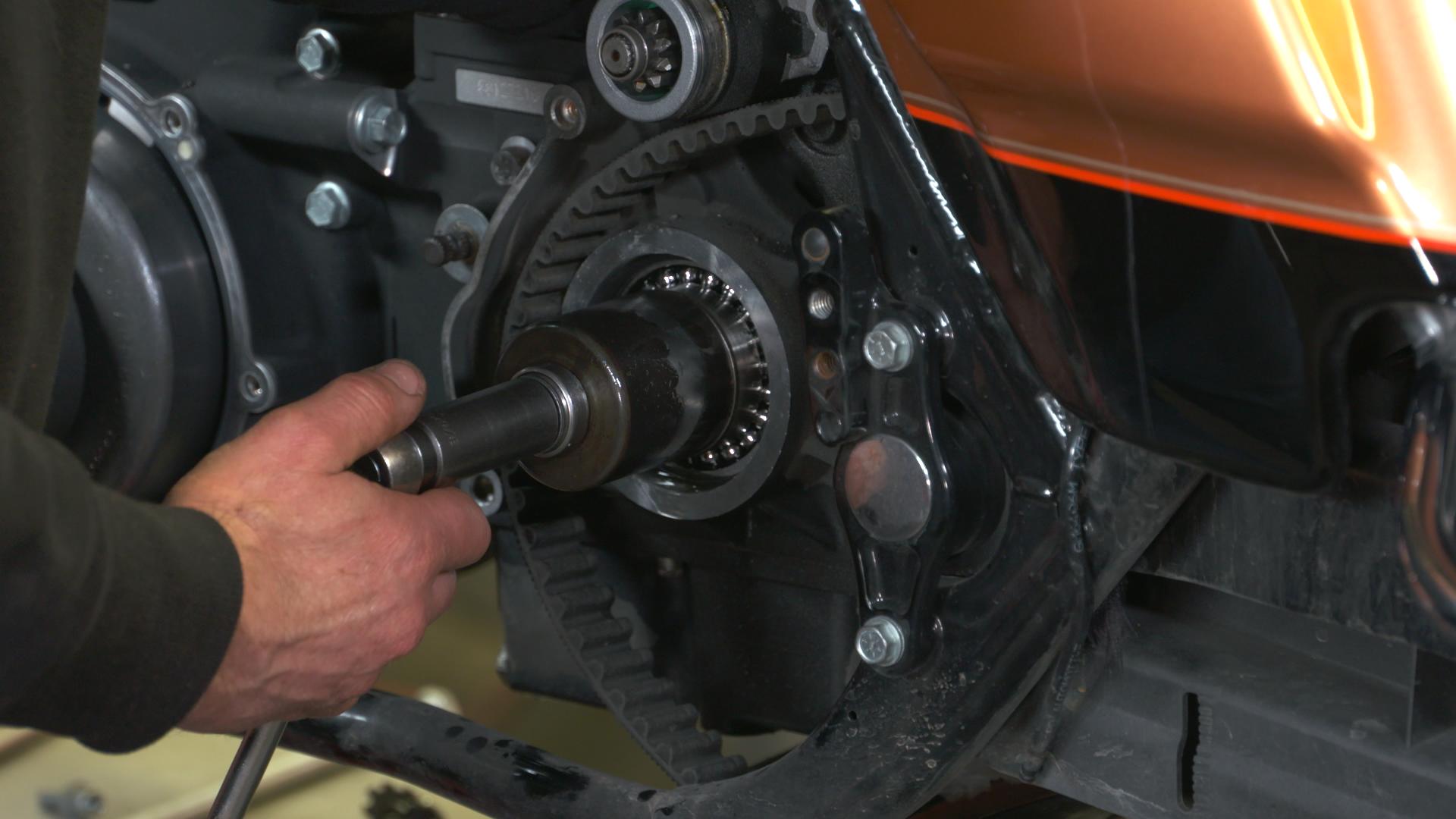 Harley Davidson Transmission: Harley-Davidson 6-Speed Transmission Rebuild DVD