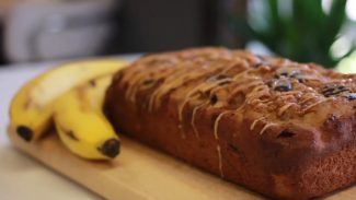 Healthy Chocolate Chip Banana Bread Recipe