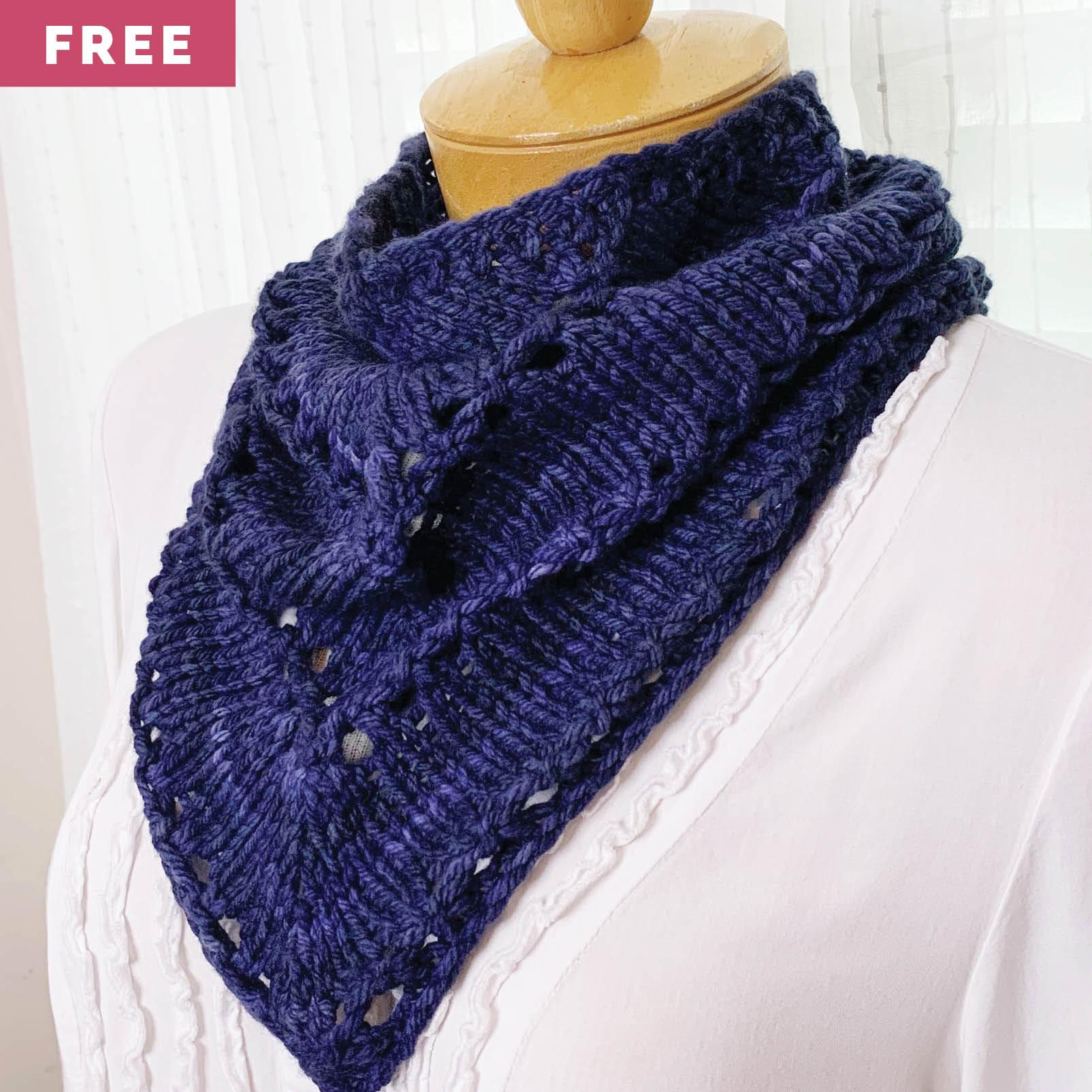 Free Knitting Pattern - Chunky Eyelet Cowlette