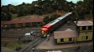 Using Flat HO Scale Scenery to Your Advantage