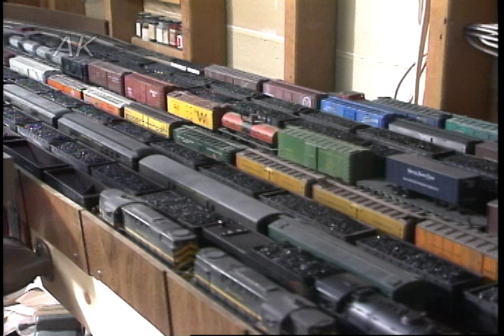 Better Model Railroad Yard Layout  Hidden Staging Areas