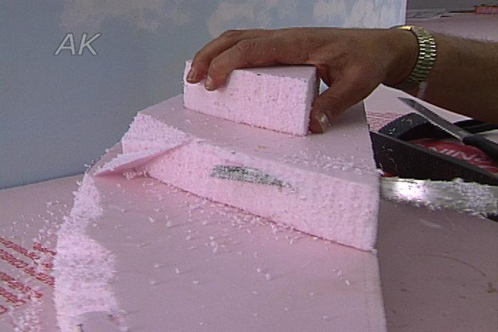 Using Styrofoam Foundations in Benchwork