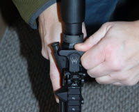 charging-handle-manipulation-pinch