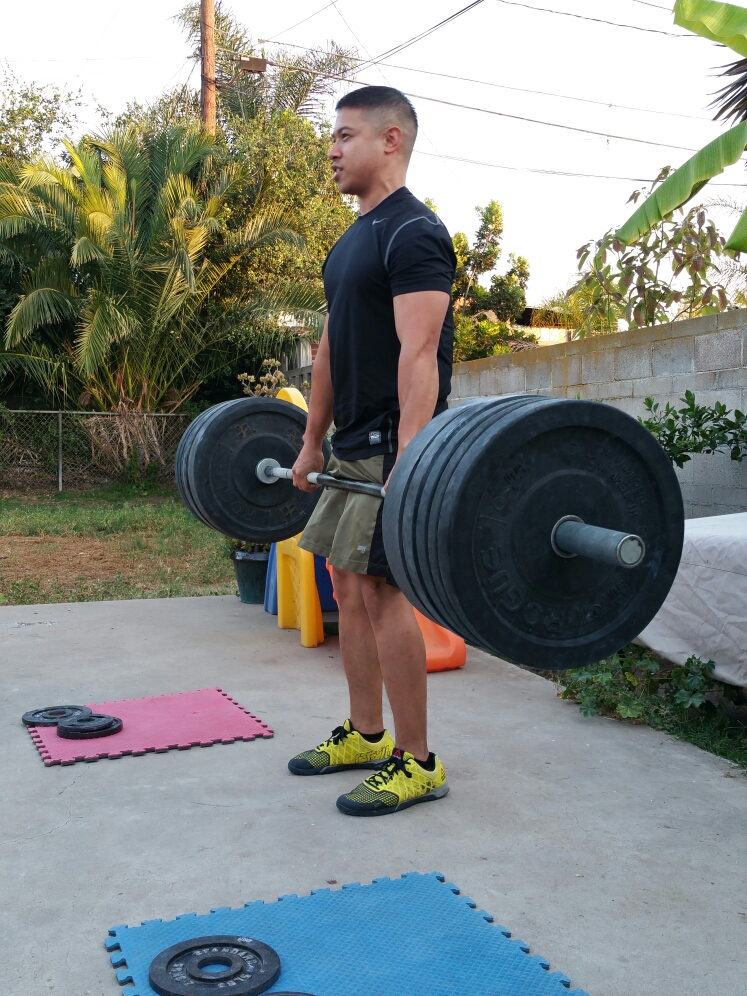 10X Crossfit member hits 285-pound deadlift as part of strength-training set. Photo: Art Belenzo