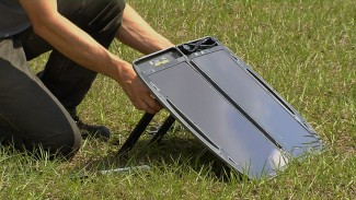 Emergency Solar Charger 008332f_k5b16u_c