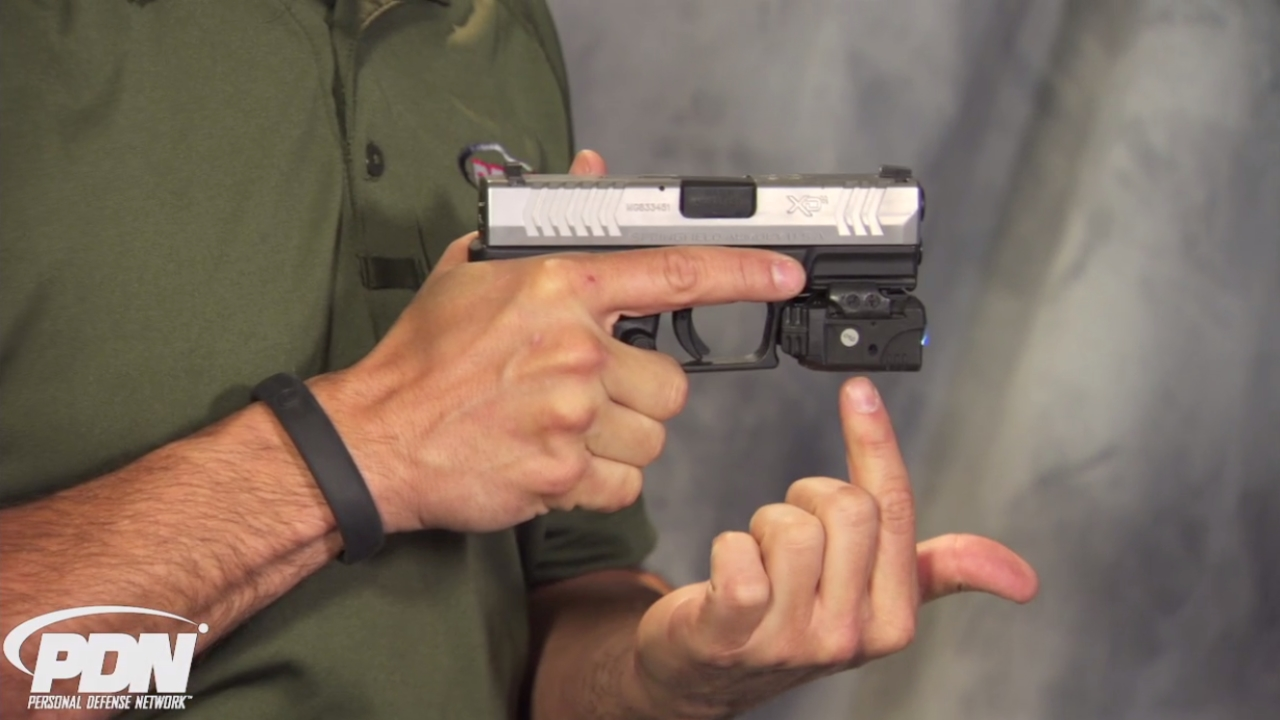 Self-Defense Tools: Handheld vs Gun Mounted Lights - personal protection devices