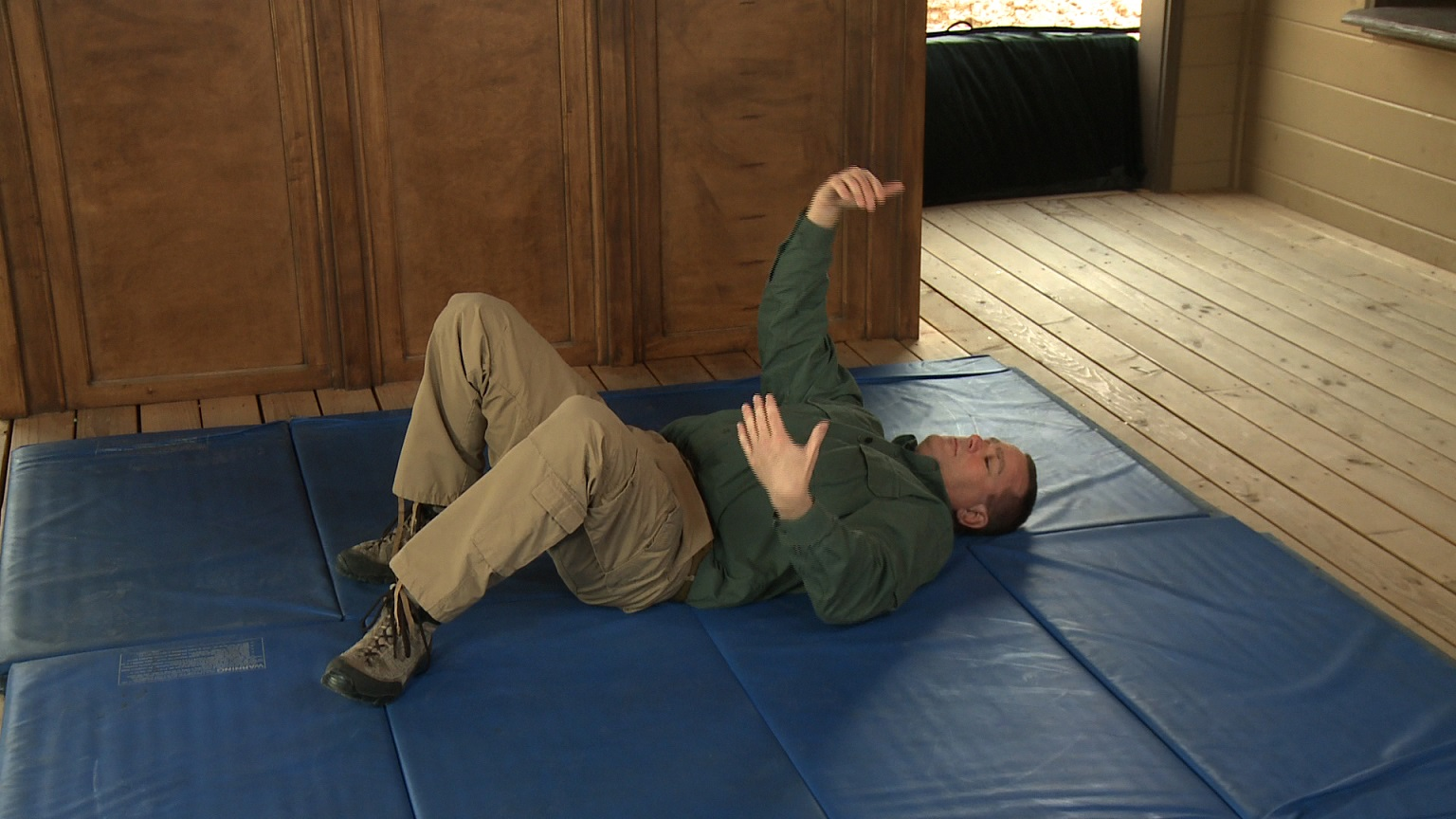 Self Defense Training: Survival Posture - Self Defense Videos