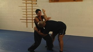 elbow strikes for self defense