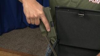 Trigger Guards on Staged Guns-010326f_K5D24U_c