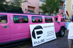 Extended_pink_Humvee_of_Pulse_nightclub_at_come_Out_With_Pride_2013_(10118387633)