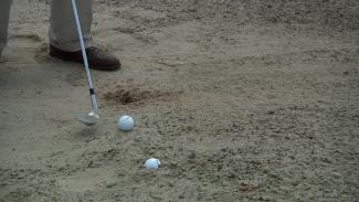 Tips for Hitting and Assessing a Greenside Bunker Shot