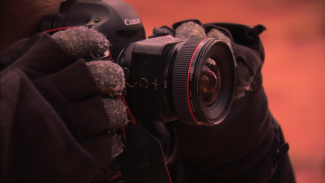 how to use a tilt-shift lens