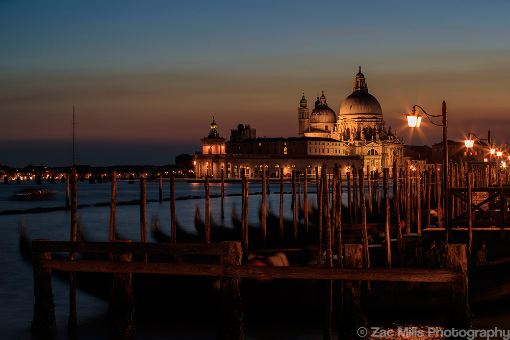 venezia-by-night-web