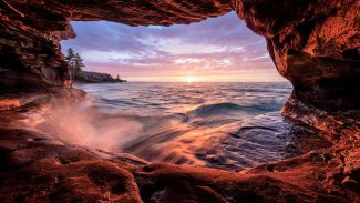 013976-sea-cave-2-thumb