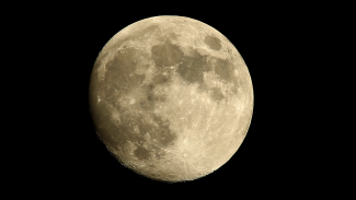 Tips and Techniques for Photographing the Moon