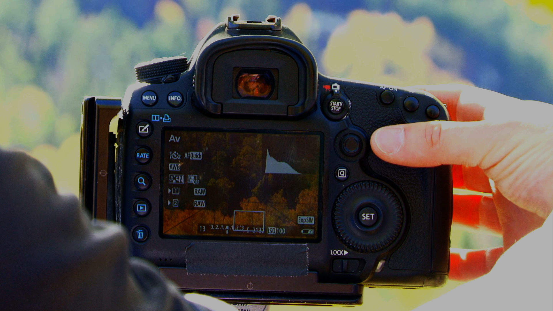 How to use a Light Meter and Live View on Your DSLR