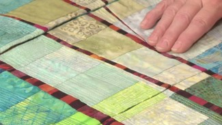 Quilt Color Ideas: Adding 'Pop' to Your Quilt