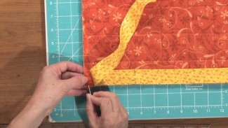 How to Attach Binding to a Quilt