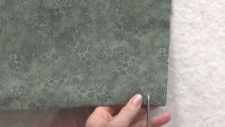 Fabric Cutting or Fabric Tearing? The Advantages to Tearing Fabric