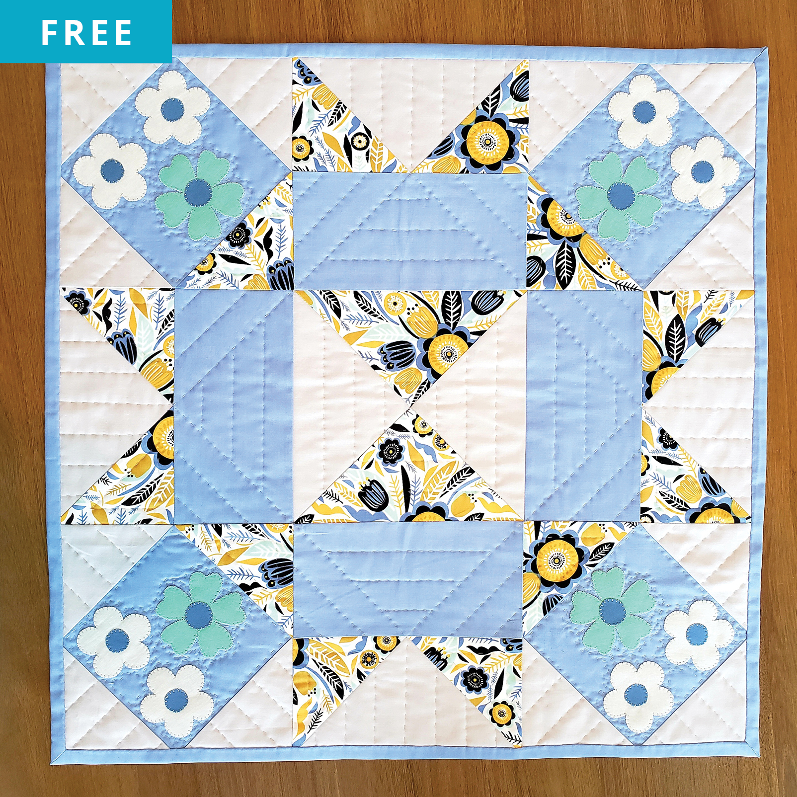 Free Quilt Pattern - Floral Corners Table Topper
