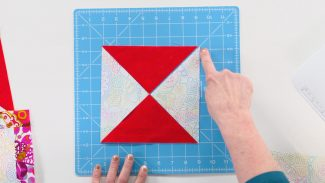 triangle quilt block