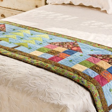 Pattern freebies go row house bed runner pattern nqc for Bed quilting designs