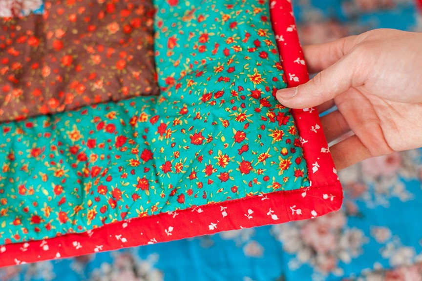green-red-quilt