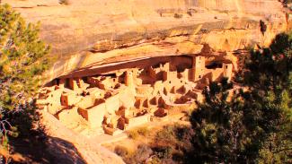 RV 013165f_T3559u_c Mesa Verde, Colorado PREMIUM