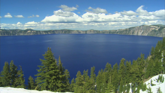 RV 011833f_T3527U_c Crater Lake, Oregon