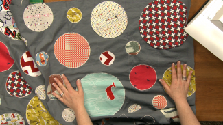 How to Sew Applique on a Quilt