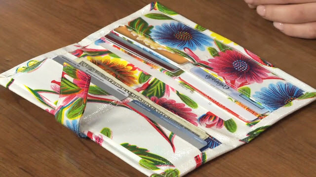 glamour shot 1 - oilcloth wallet pattern