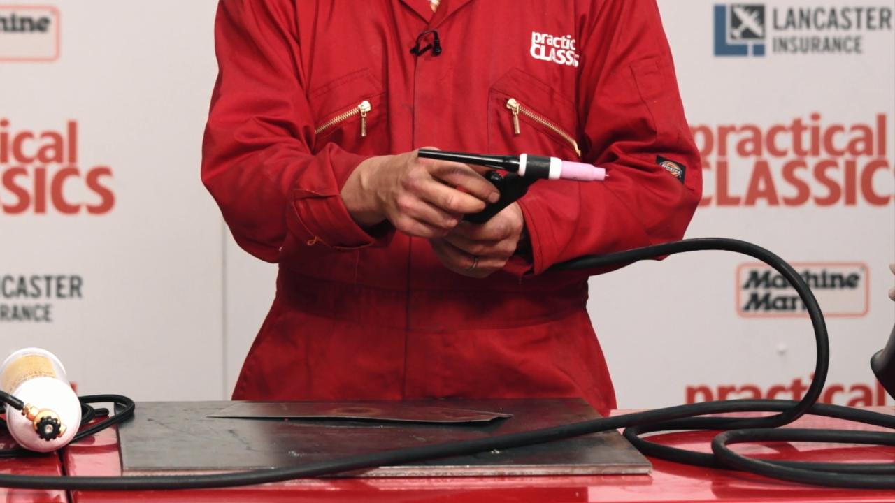 The Basics of MIG Welding BUK000030