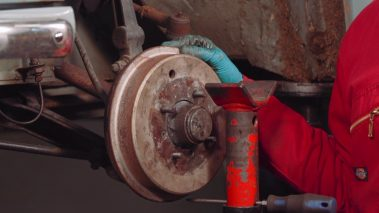 How to Safely Check Brake Discs and Drums for Warping