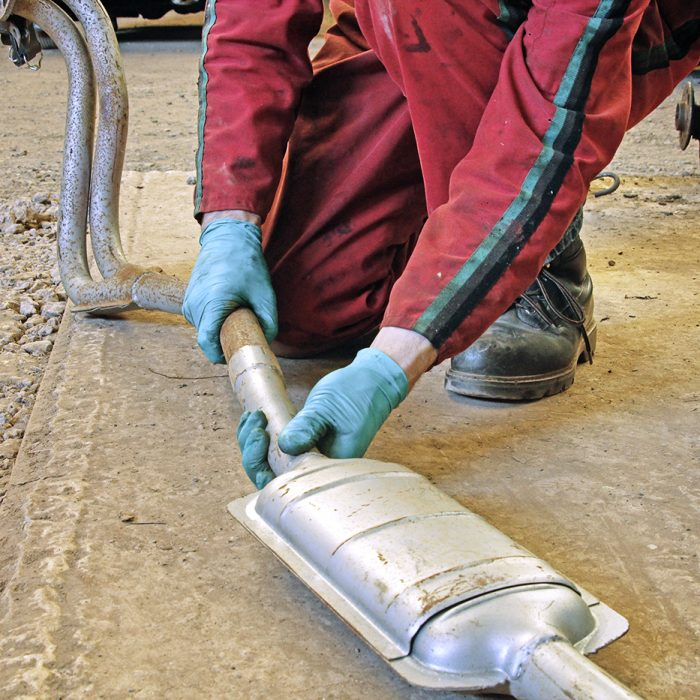Exhaust Assembly: Grease or Paste?
