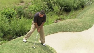 Playing the Downhill Lie, Shooting Uphill & Other Extreme Lies