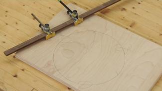 Make a Three Legged Stool: Create Circles for Accurate Legs