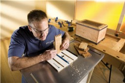 Reviewing the Router Table Box Joint Jig