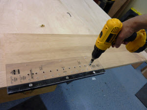 Using the Rockler Jig-It Shelving Jig