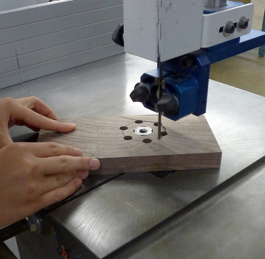 Cut out the knob on the bandsaw