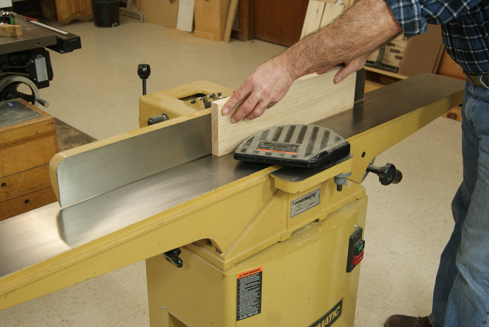 Gluing up panels joint an edge
