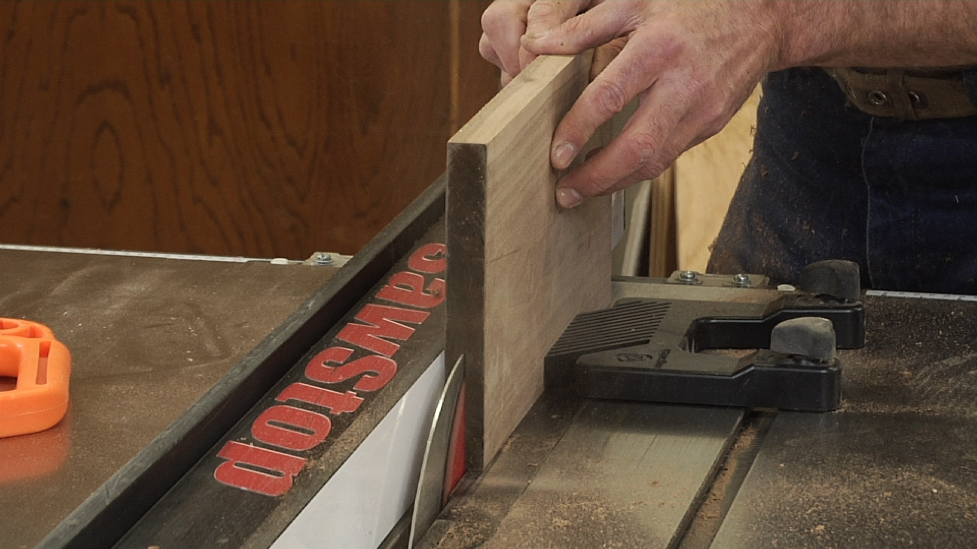How to use a Table Saw to Resaw - Table Saw Tips and Techniqies