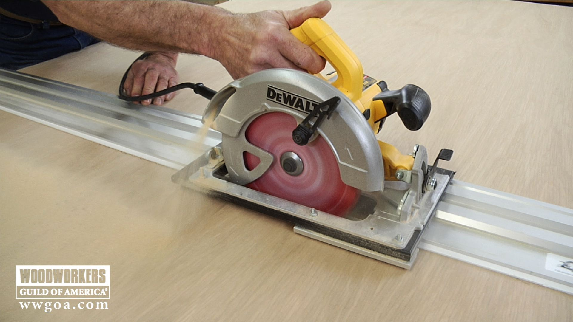 What Is A Track Saw Learn How To Use One Now Wwgoa