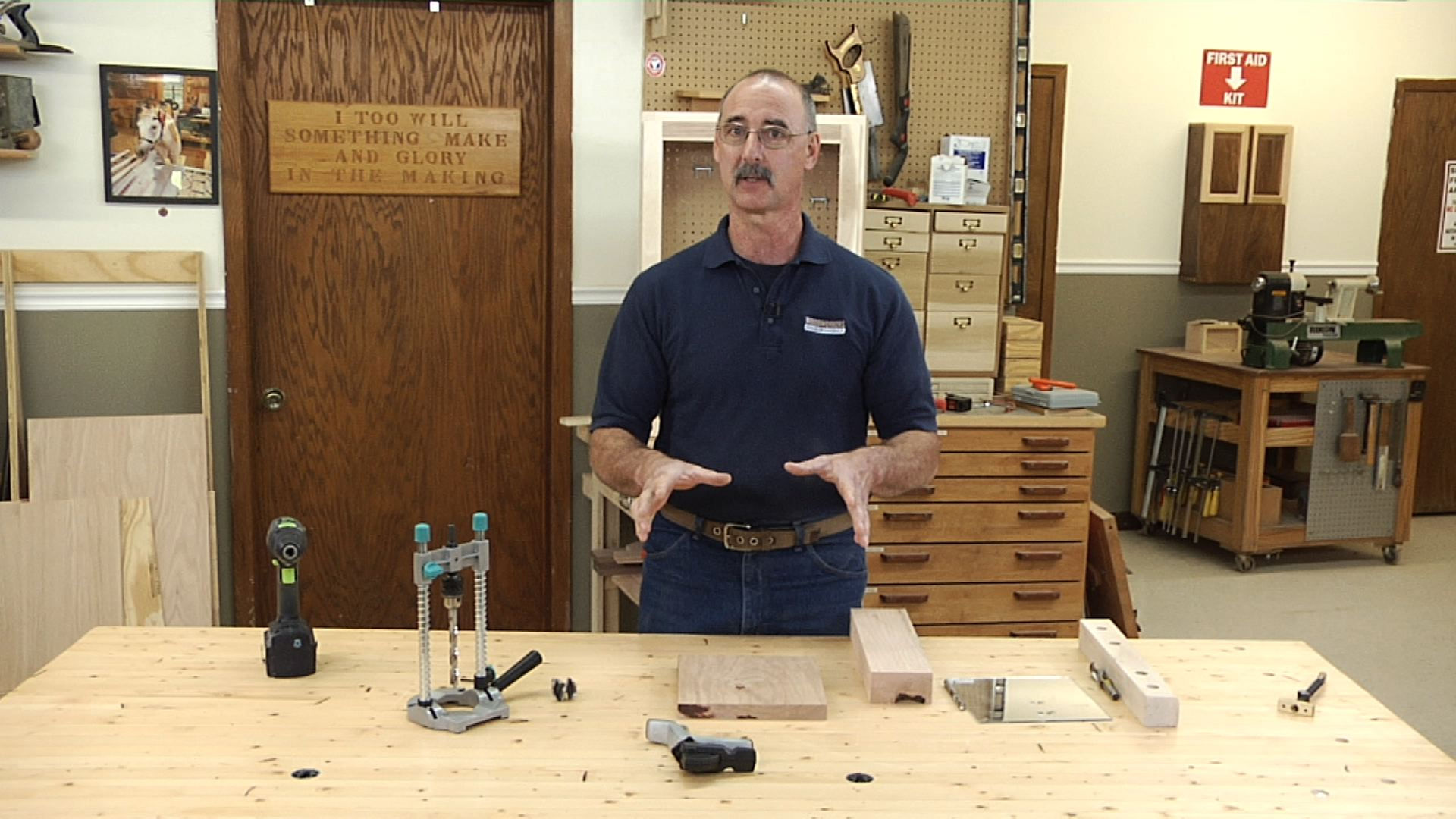 Drill Straight Holes With A Hand Held Drill 1 Woodworkers Guild Of