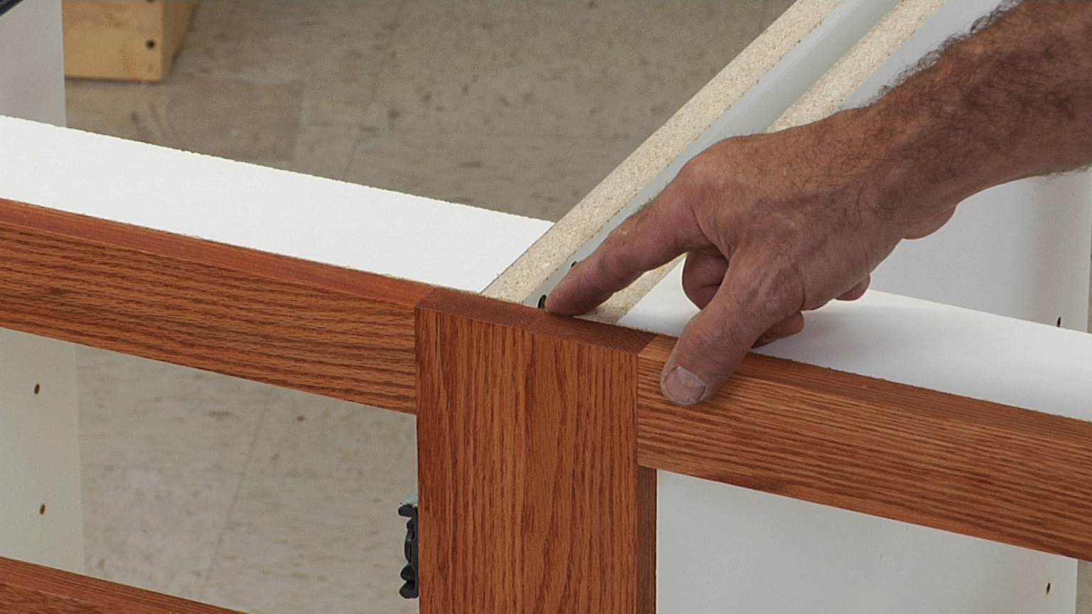 Scribe on a Cabinet Face Frame | Woodworkers Guild of America